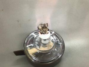アルコールランプの炎